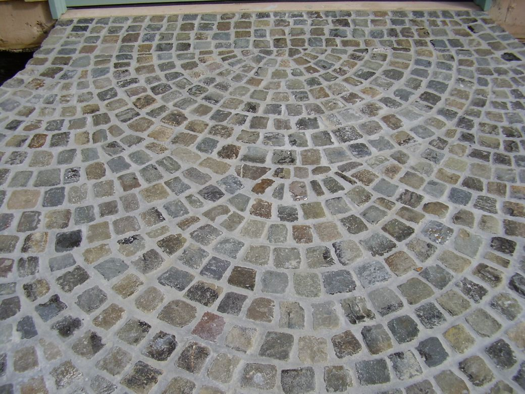 "European 4x4"" Cobble Paving in Fantail Pattern"