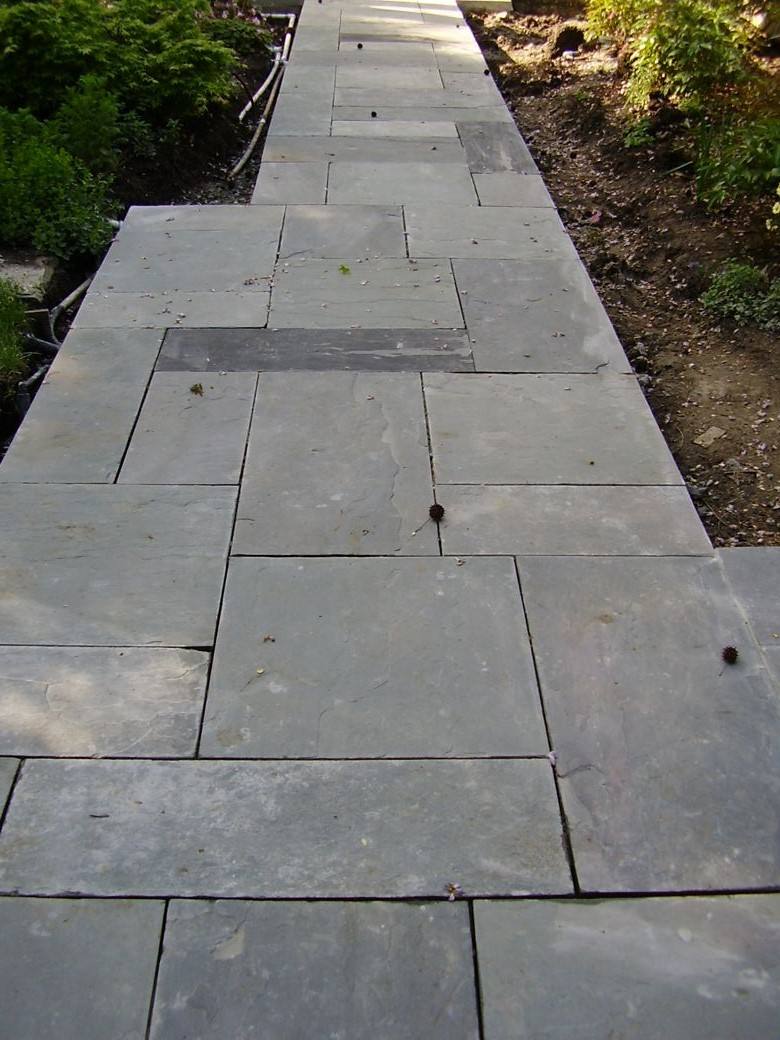 Bluestone Paving in Select Blue